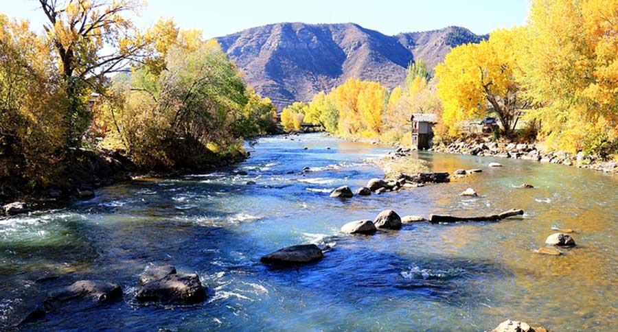 The 12 best colorado trout fishing destinations for Fishing spots in colorado springs